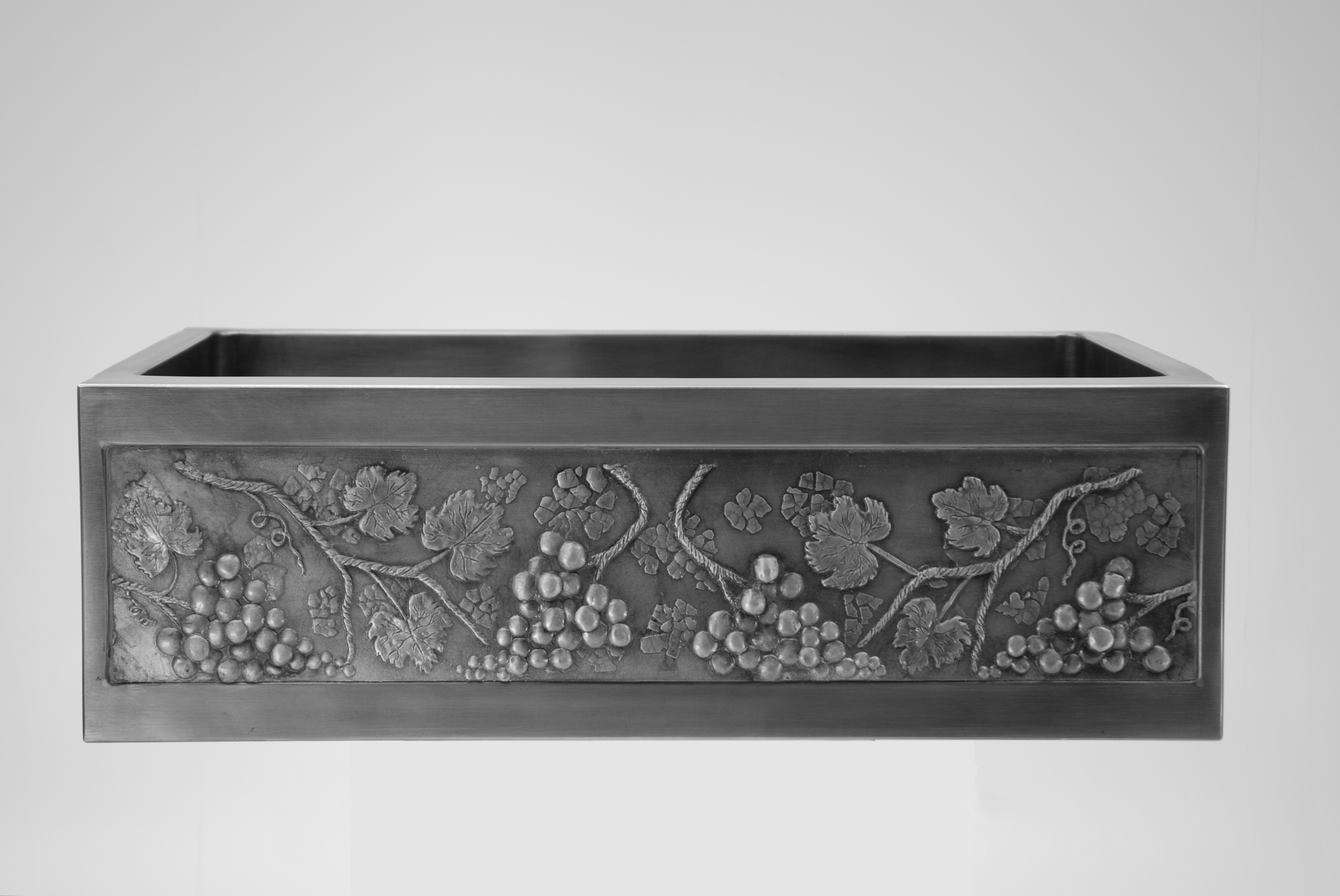 "30"" Cobalt Steel Sink with Grapevine Front"