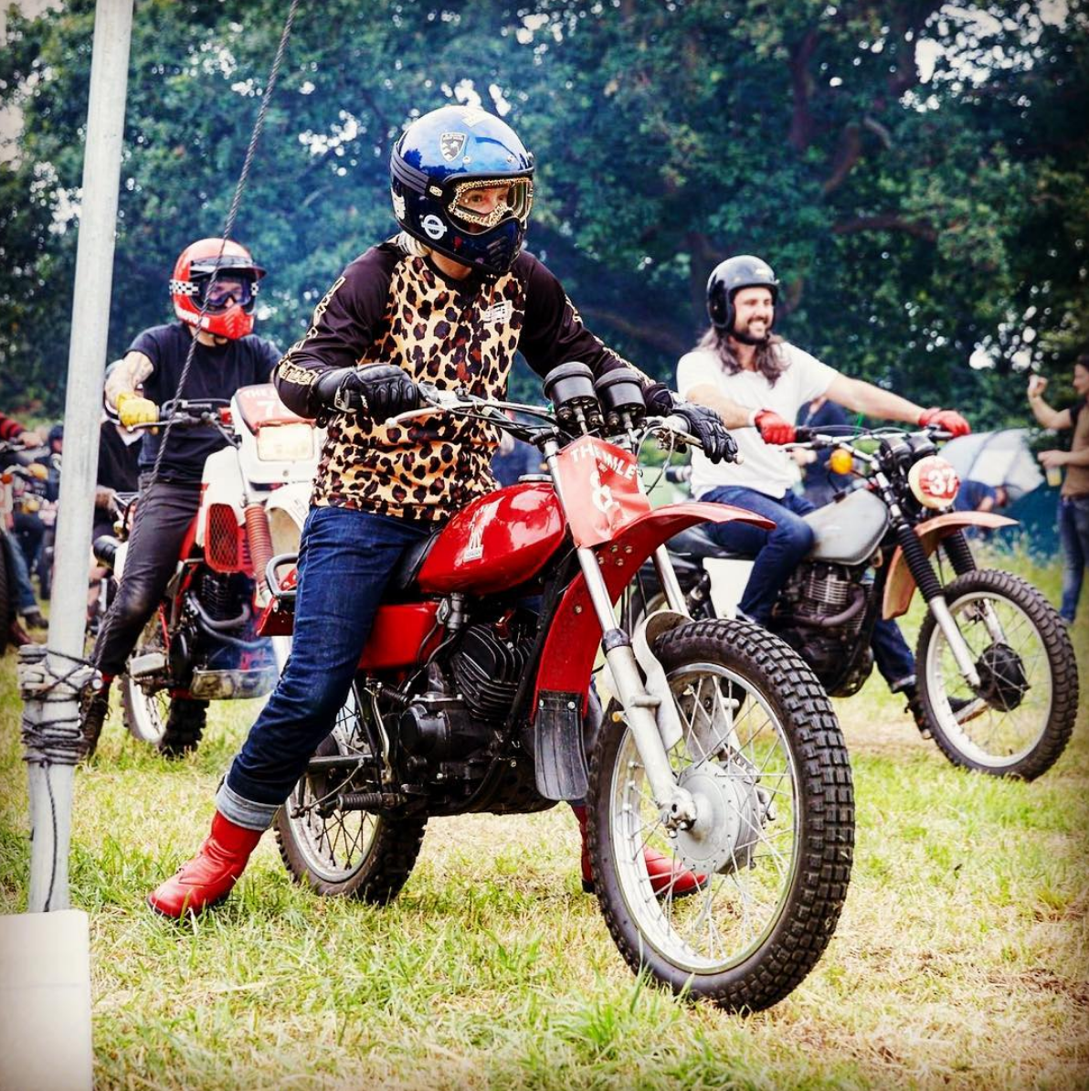 SAFFRON DEAN, looking like a glamour puss, at The Malle Mile