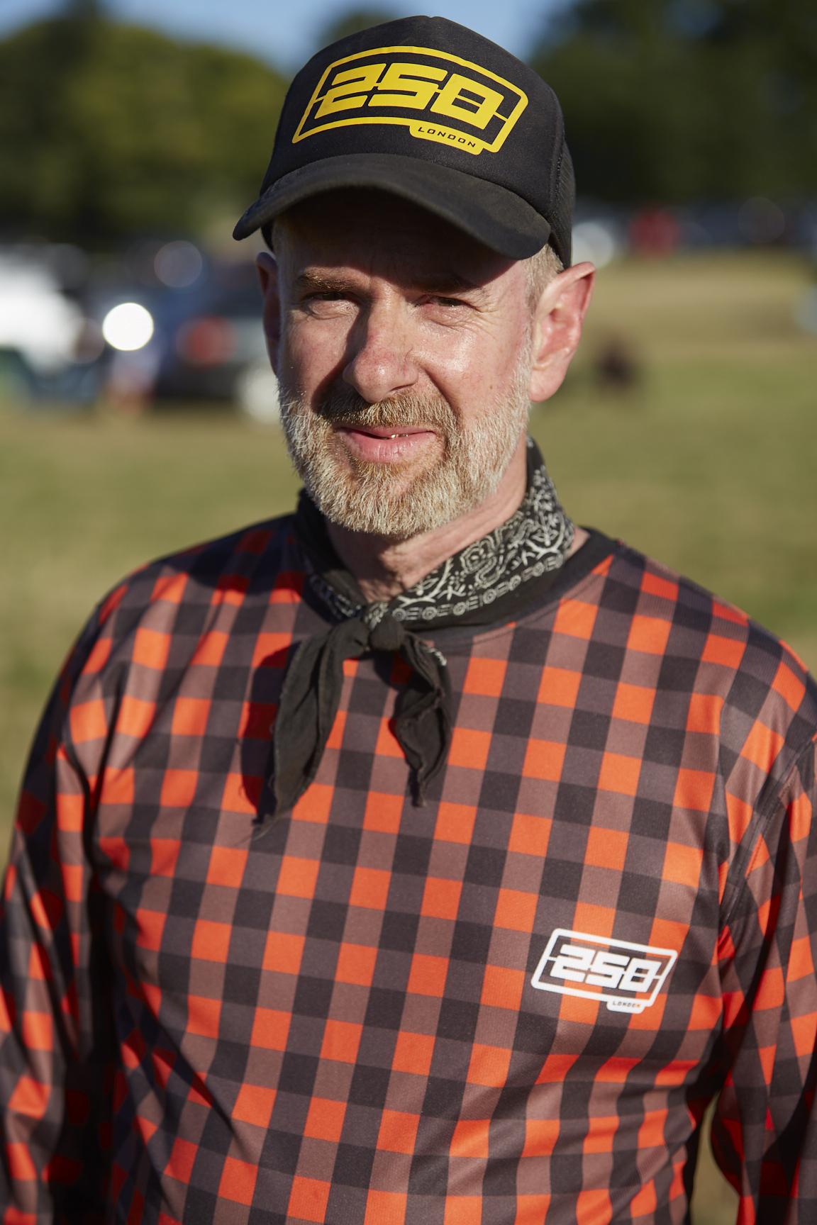 Tony Davis, always the style-monger!   Image: Marek Puc