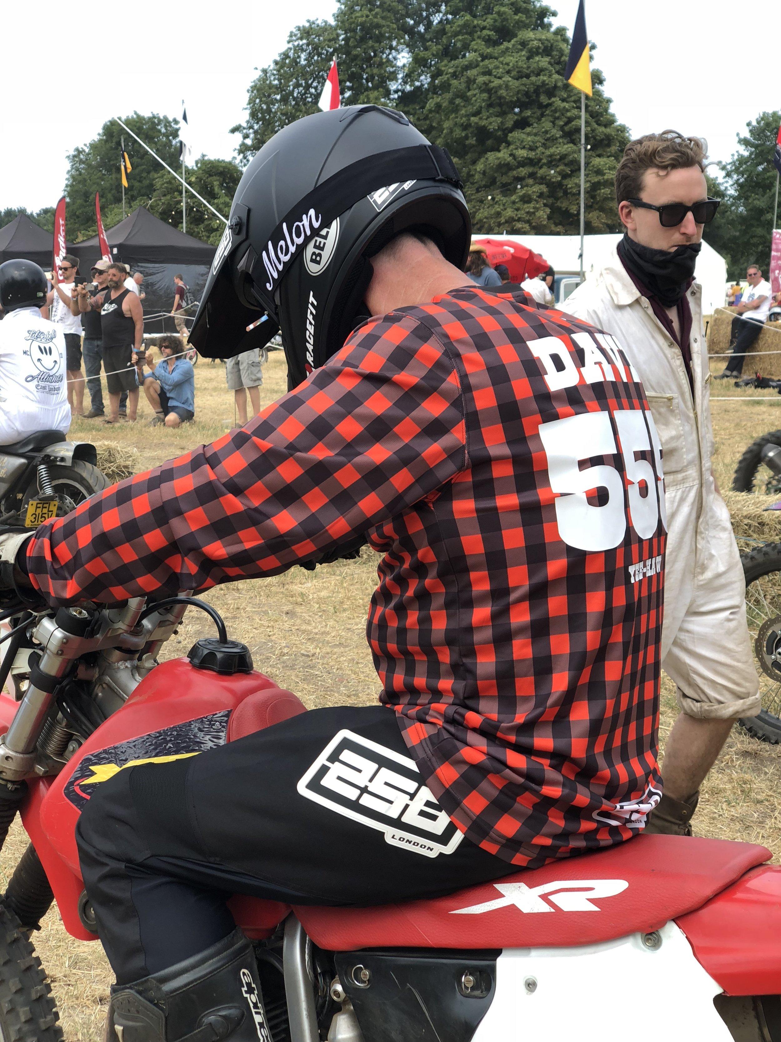 Tony gave the new 250 Moto Pants a ride for their money Image: Beatriz Celdrán Subiela
