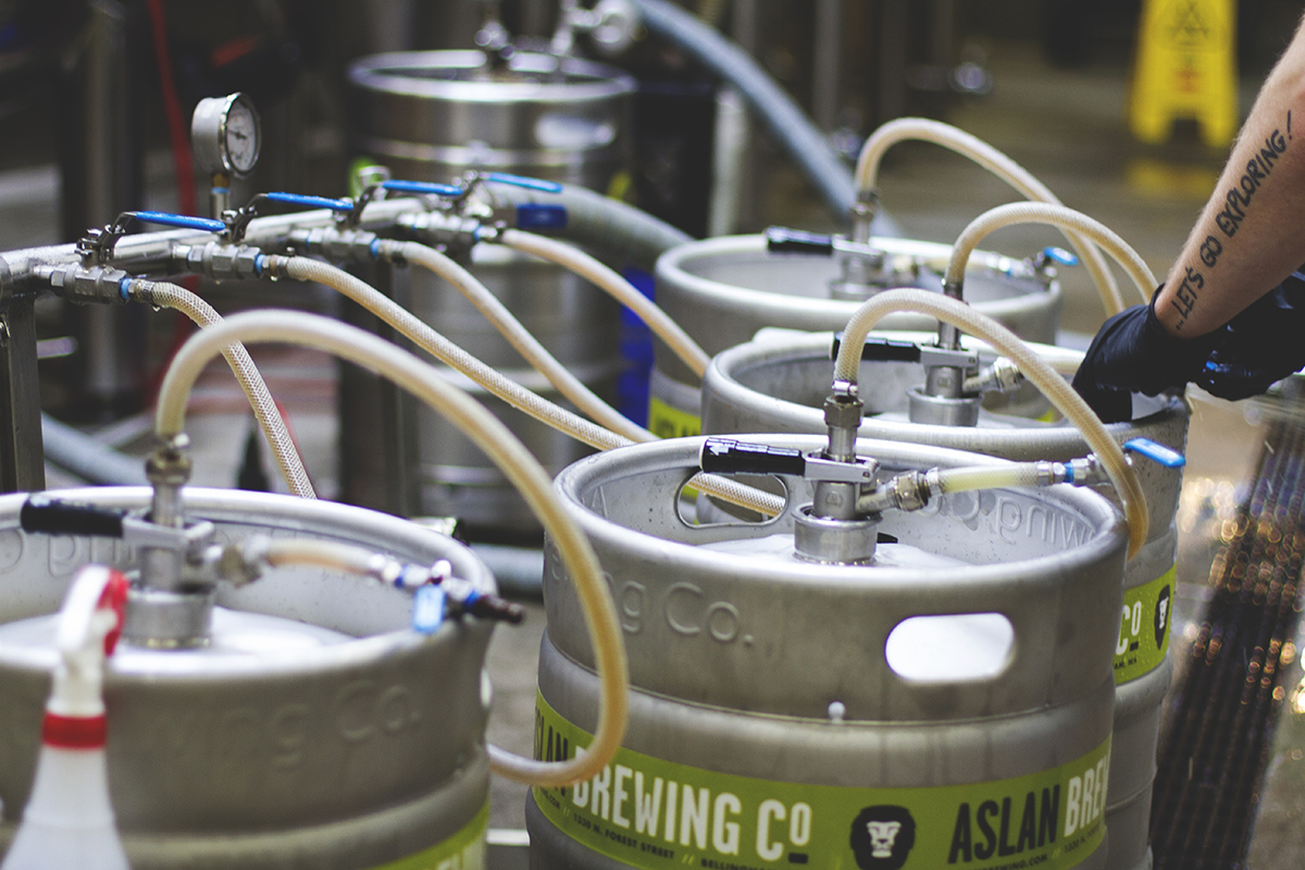 Kegs being filled from the bright tank.