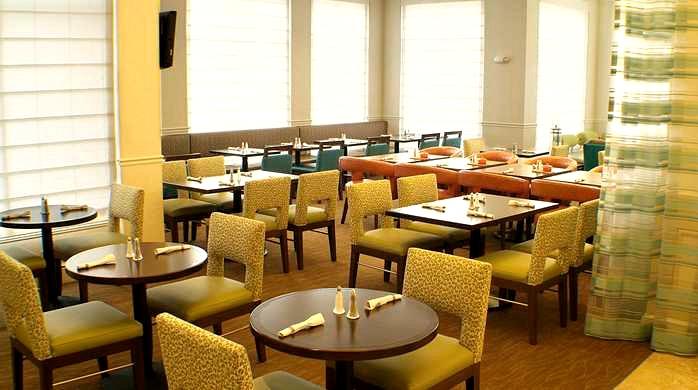 Hilton Garden Inn, Lake Oswego - Dining Area