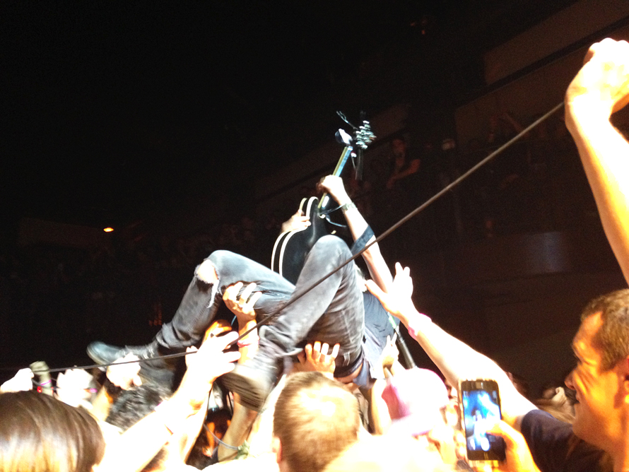 Reignwolf crowd surf best.jpg
