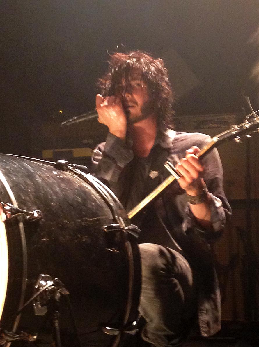 Reignwolf sing at drums.jpg