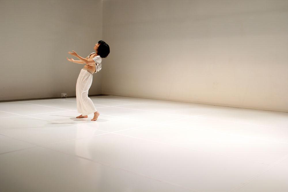 Lu Yim / LIGHT NOISE