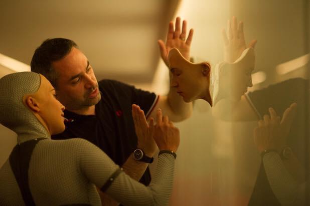Alex Garland directing a scene from  Ex Machina