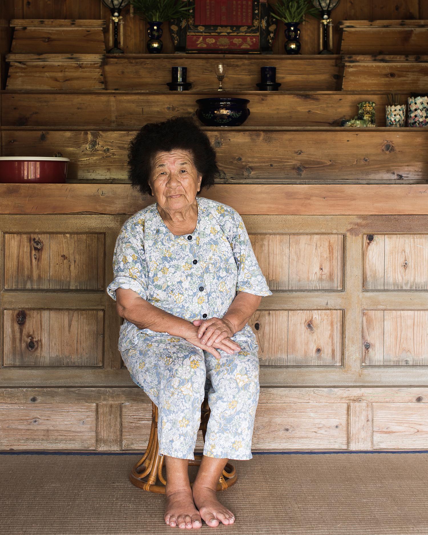 130801_Nakada_Hatsue_welcomes_anyone_into_her_home_for_tea_Izena_Island_1257.jpg