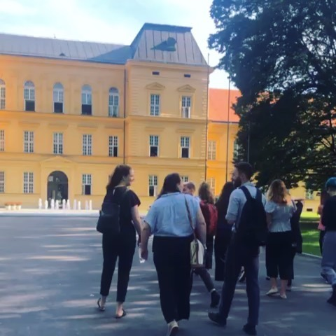The SLV.Europe Peace & Positive Psychology Program team visited Zagreb's largest psychiatric facility and museum. 🧠 They also chilled in the sun at the institute's service-user run cafe! ☕️ Swipe ➡️ to see more!  Follow @slvlee & @lucynightingaleslv for real time updates from the Pilot 🇭🇺🇭🇷 #zagreb #psychiatricfacility #psychologyworkexperience #peaceandpositivepsychologyprogram #slvglobal