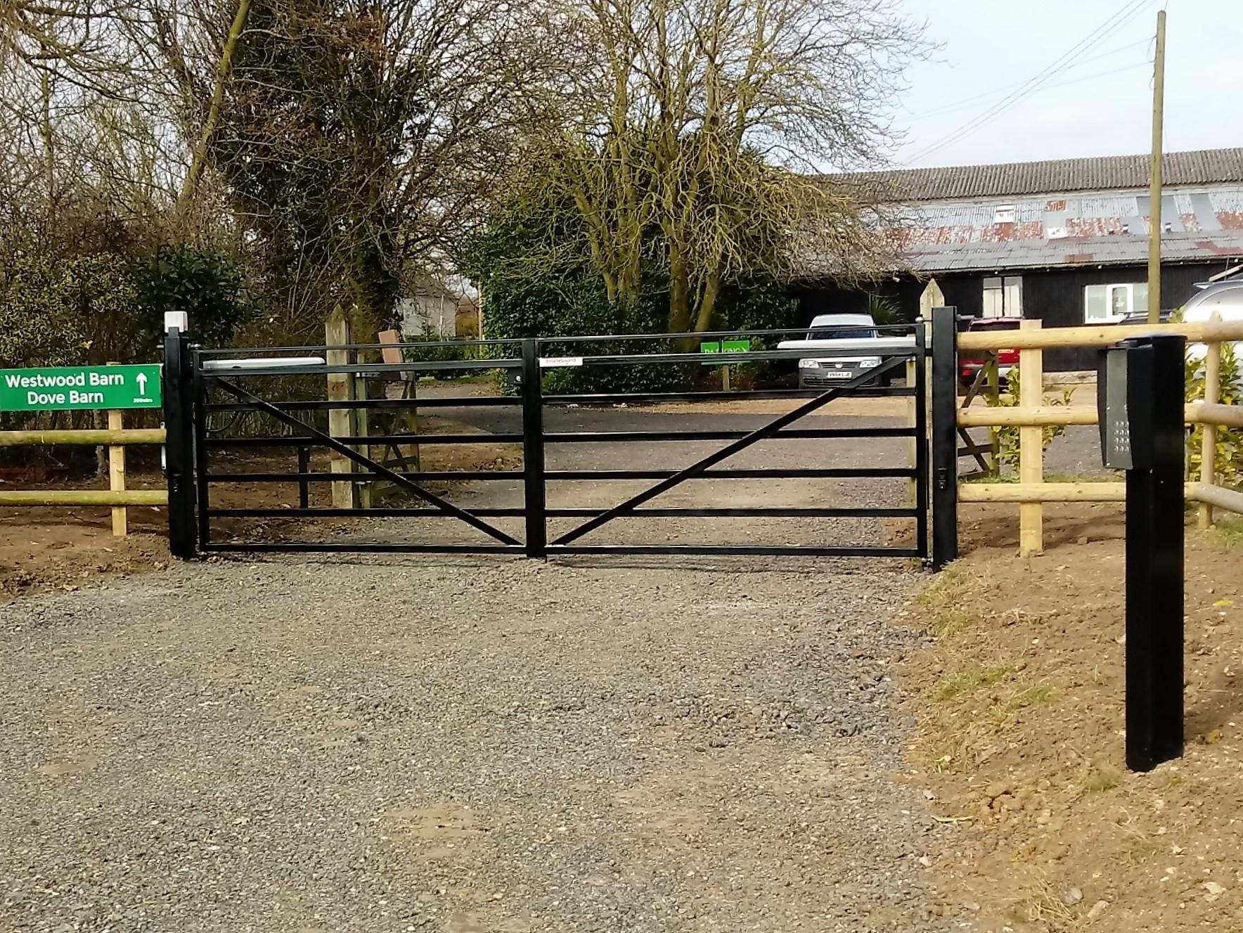 Classic design hinging gates.jpg