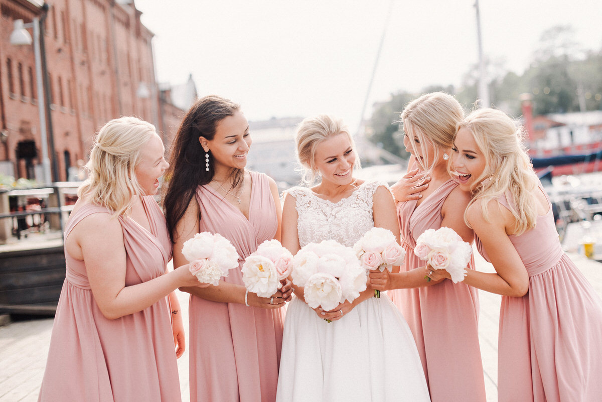 2018_Wedding_Häät_LauriHyttiPhotography (28).jpg
