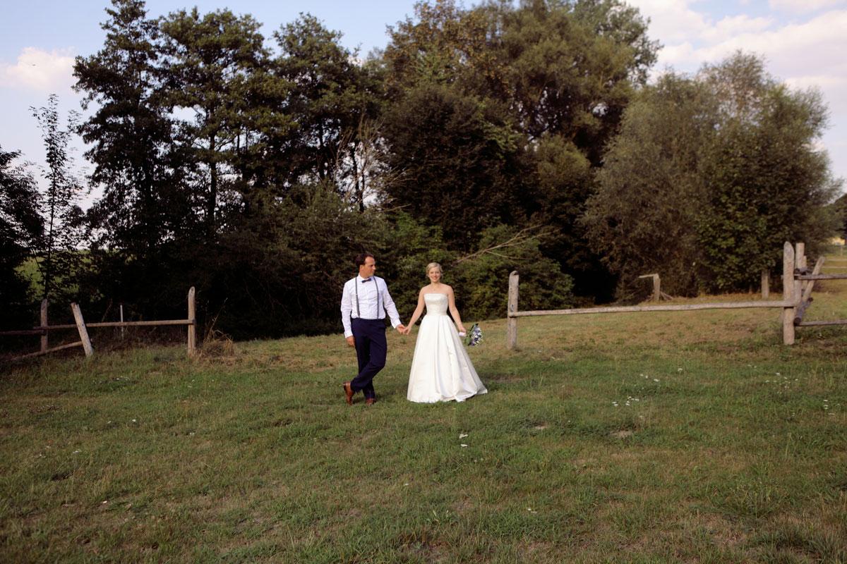 03_ErinnFrerk_2208_0359_Brautpaarbilder.jpg