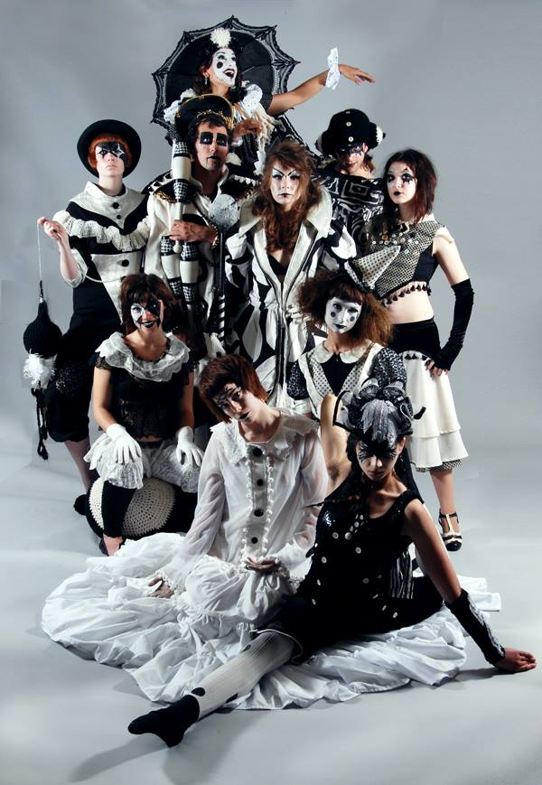 Cirque d'Armoire    Fall 2011-Spring 2012.