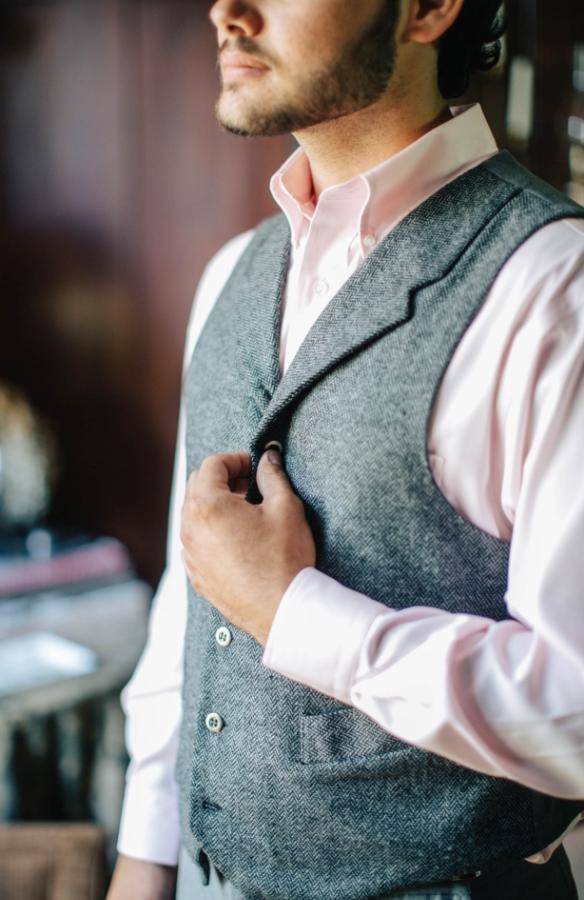 weddings-unveiled-groom