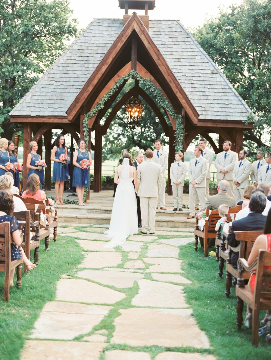 fine-art-film-weddings-abrookshire19