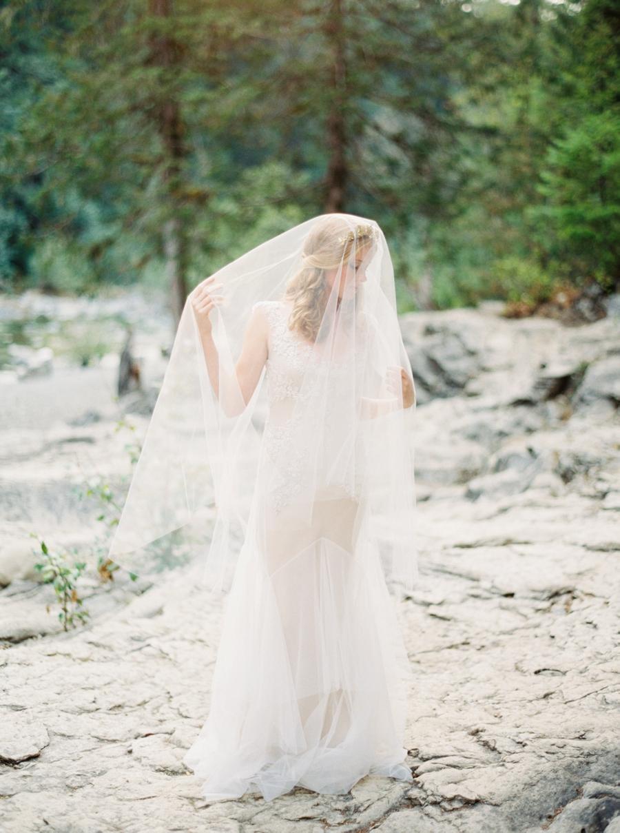 fine-art-film-bridalportraits-abrookshire24