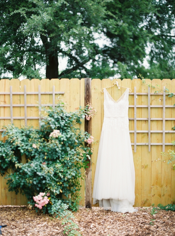 spring-garden-wedding-inspiration.JPG