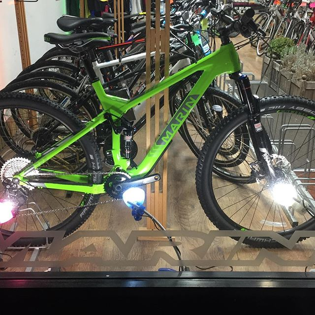 This #Marin Rift Zone landed in #Tooting today! #Balham High Road is the place to be to get a look at this beauty.