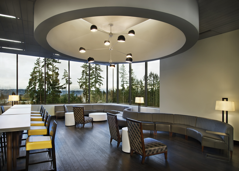 Executive Lounge.jpg
