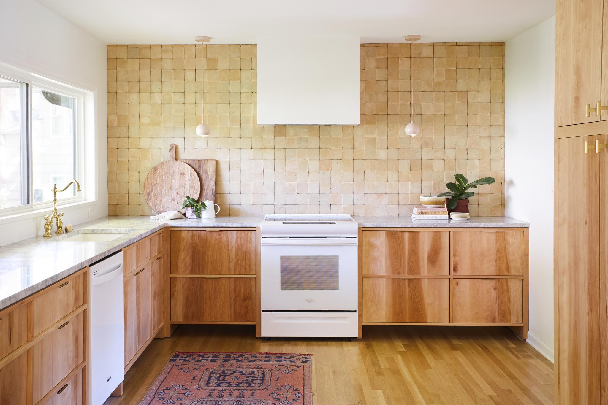BT kitchen.jpg