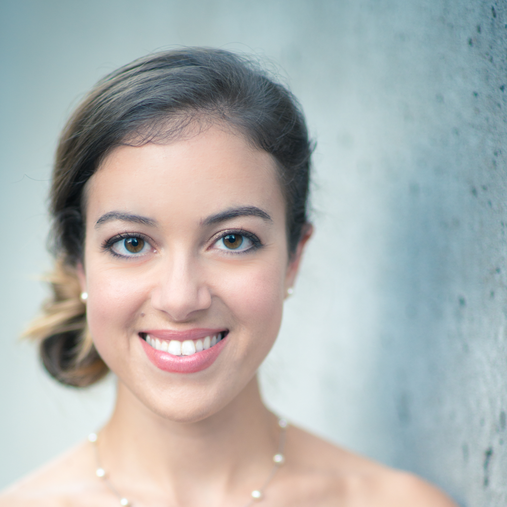 Lauren Snouffer  Soprano   Bach & Sons: At the Café
