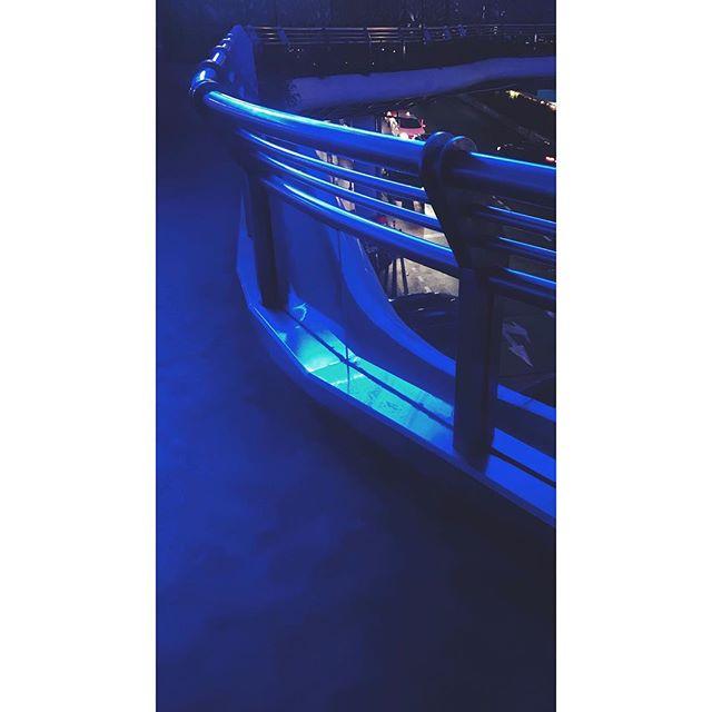 Overpass.  #vscocam #zaishanghai #Shanghai #china #streetphotography #photographyofchina #mobilephotography #mpnselects #fotomobile #fotoguerilla #dazedandexposed #streettogs #iphonography #shotoniphone7plus #iphone7plus #上海 #中国 #在路上 #手机照片