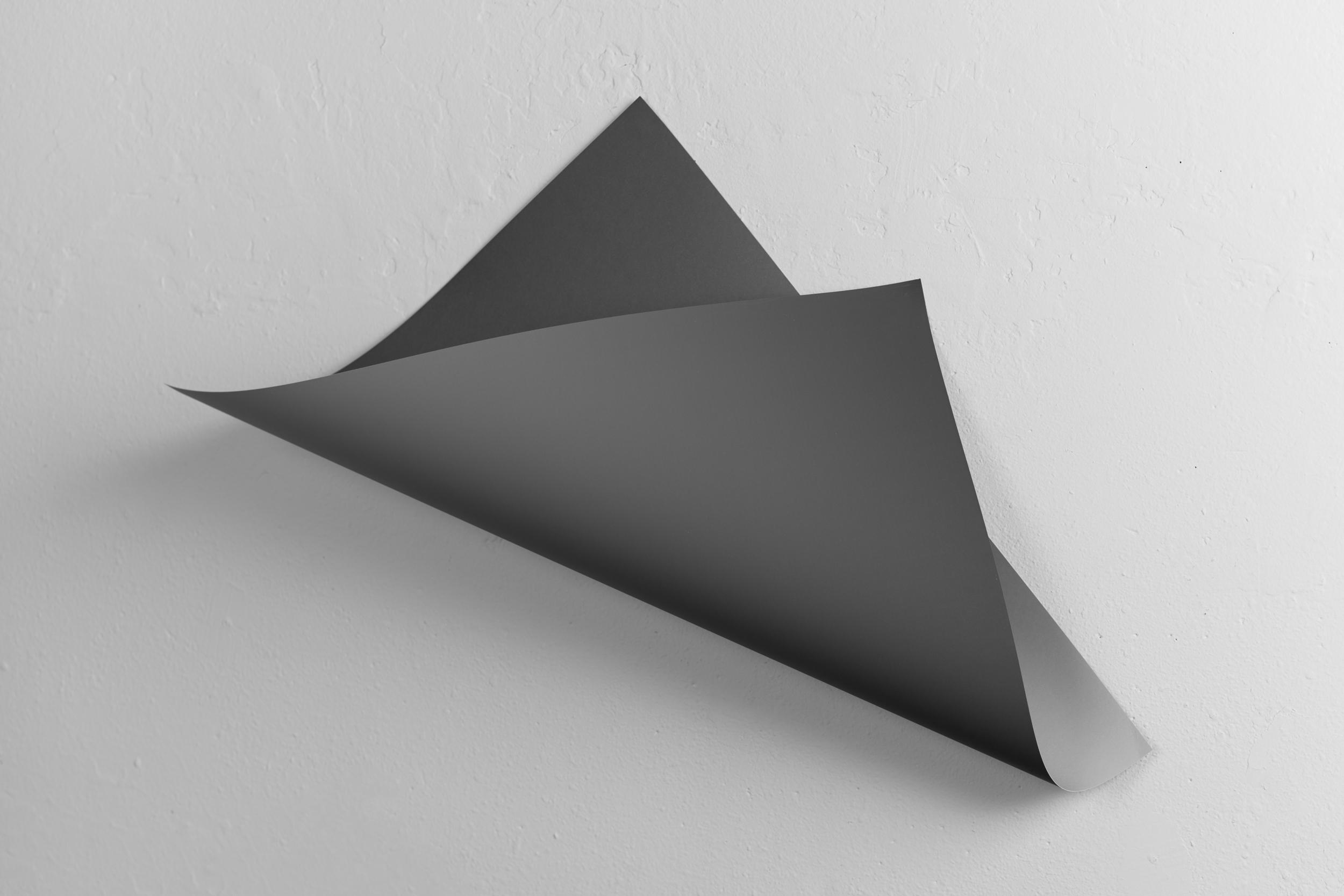 Between grey, Variation I