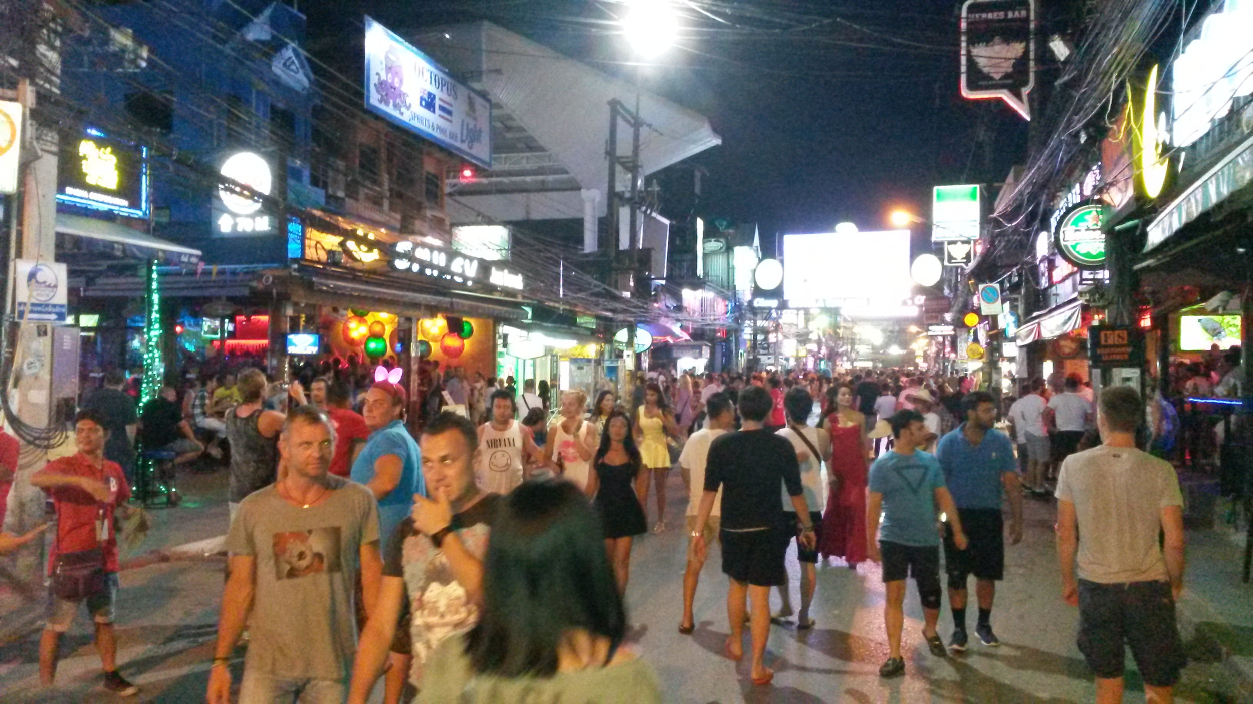 Patong Beach Partymeile