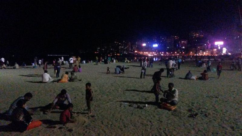 abends am Strand (bisschen anderes Flair als Goa)