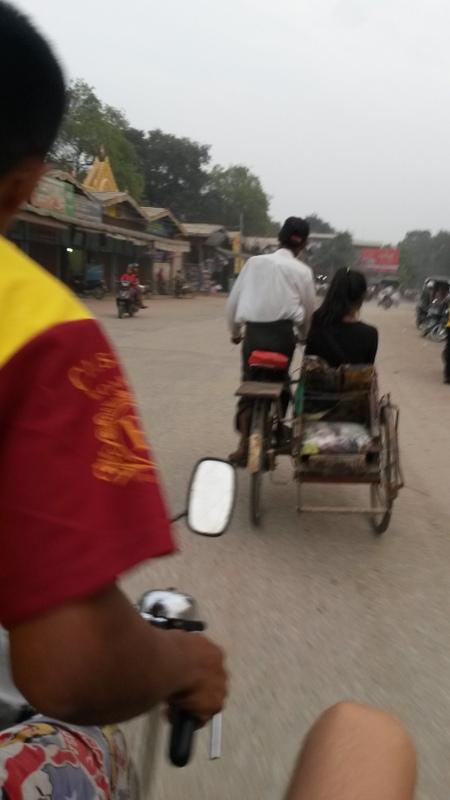 unterwegs mit dem Fahrradtaxi