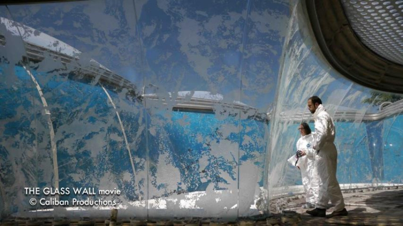 """June 2012 - Completion of the """"Villa Nurbs"""" monumental glass work. Photo © Joan Freeman/Caliban Productions"""