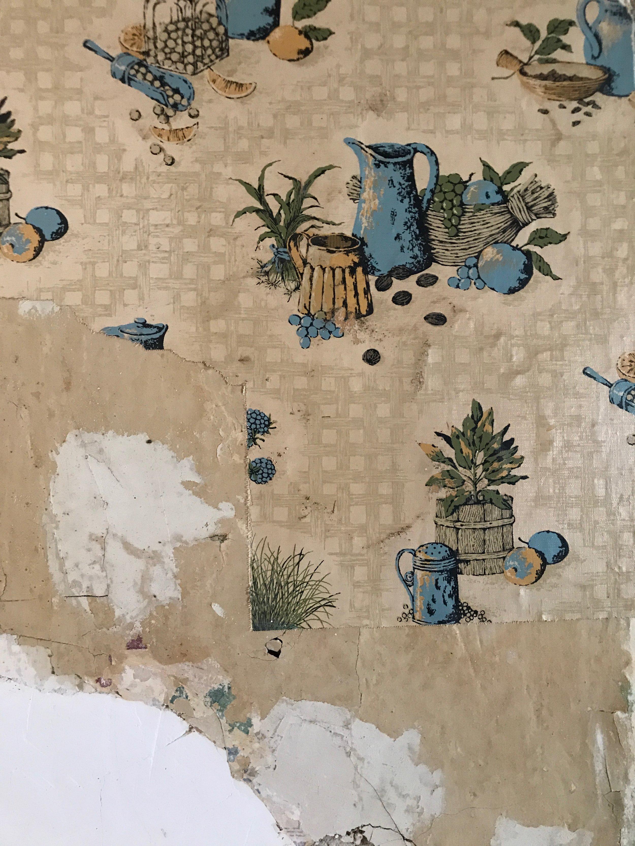 kitchen wallpaper 1.jpg