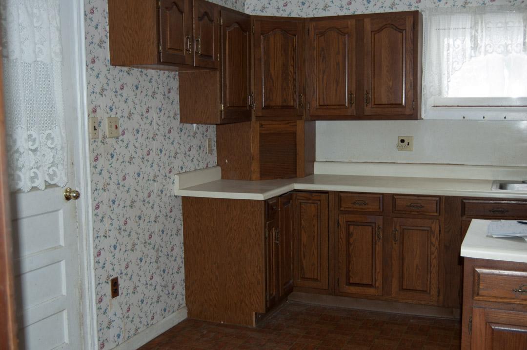 pre kitchen 3.jpg