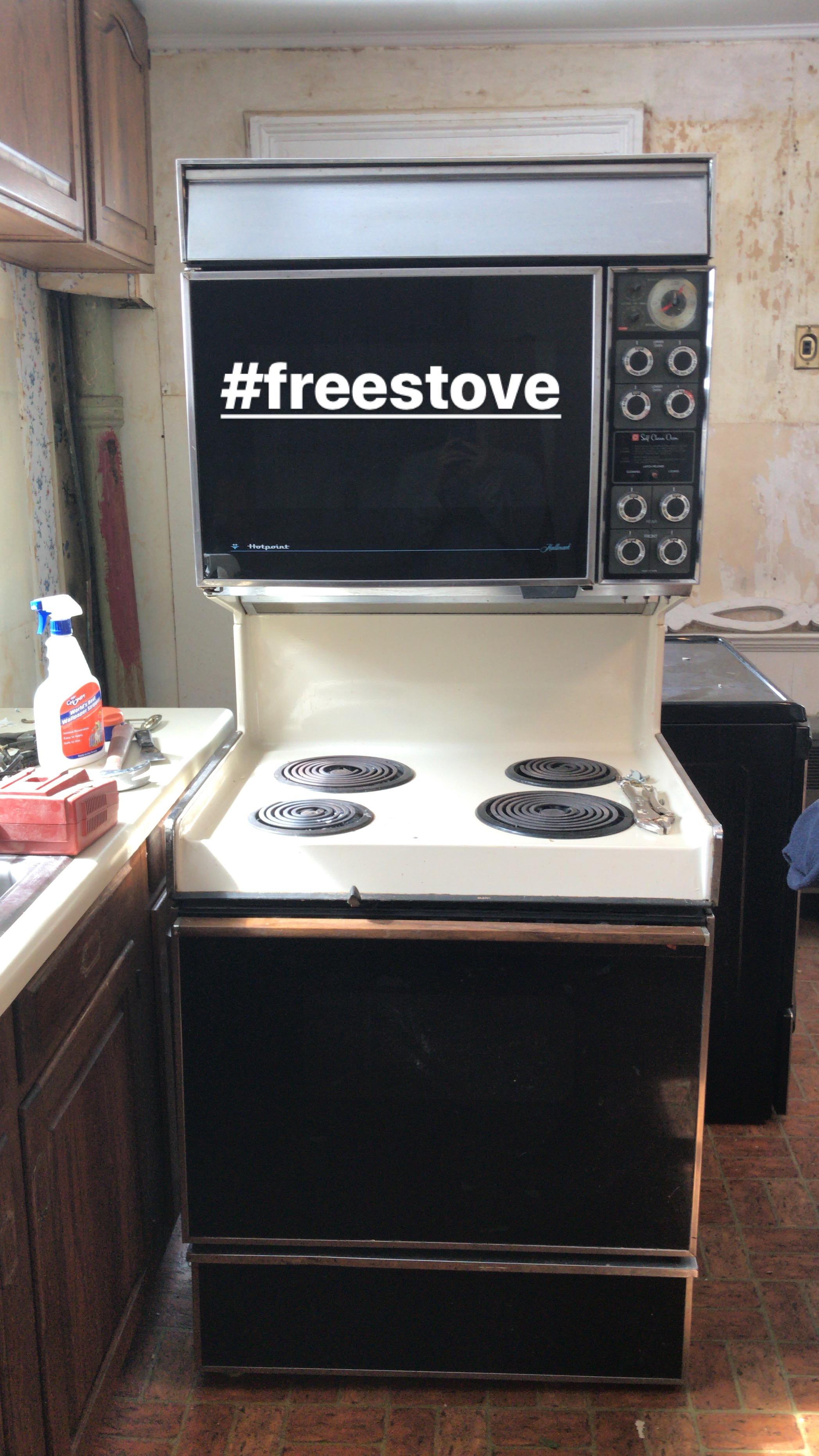 old stove.JPG