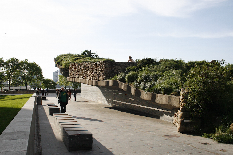 Irish_Hunger_Memorial_looking_west_towards_the_hudrson_river..JPG