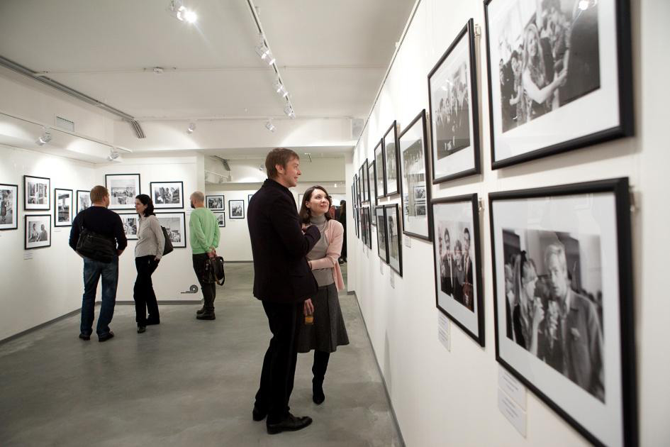 Premiere_exhibition_-Icons_of_the_1960-80's-.jpg