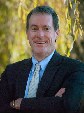 sonoma.edu   Thaine Stearns up for reappointment as dean.