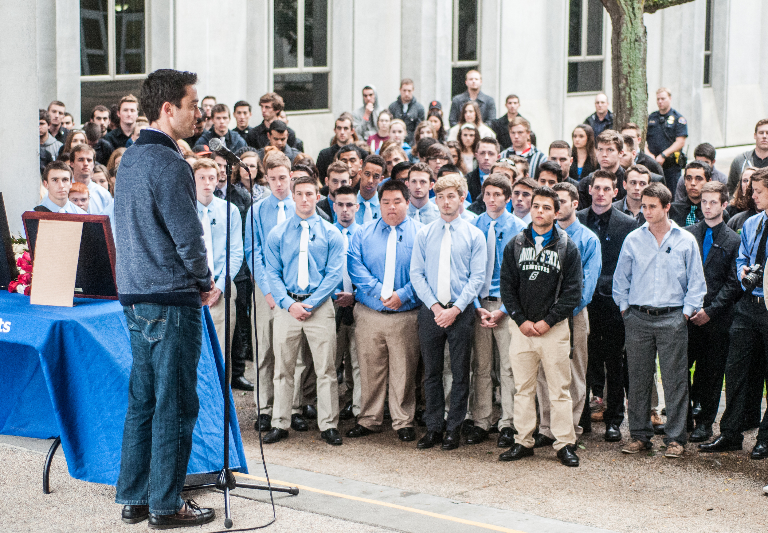 STAR // Gustavo Vasquez   On Friday Sonoma State University students held a memorial for a Southern California law enforcement officer, Eugene Kostiuchenk, who lost his life in a hit-and-run accident resulting from drunk driving. He was the father of Sonoma State junior Justin Kelley.