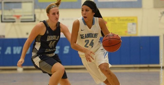 sonomaseawolves.com   Leanna Bade scored 11 points versus CSU San Bernardino.