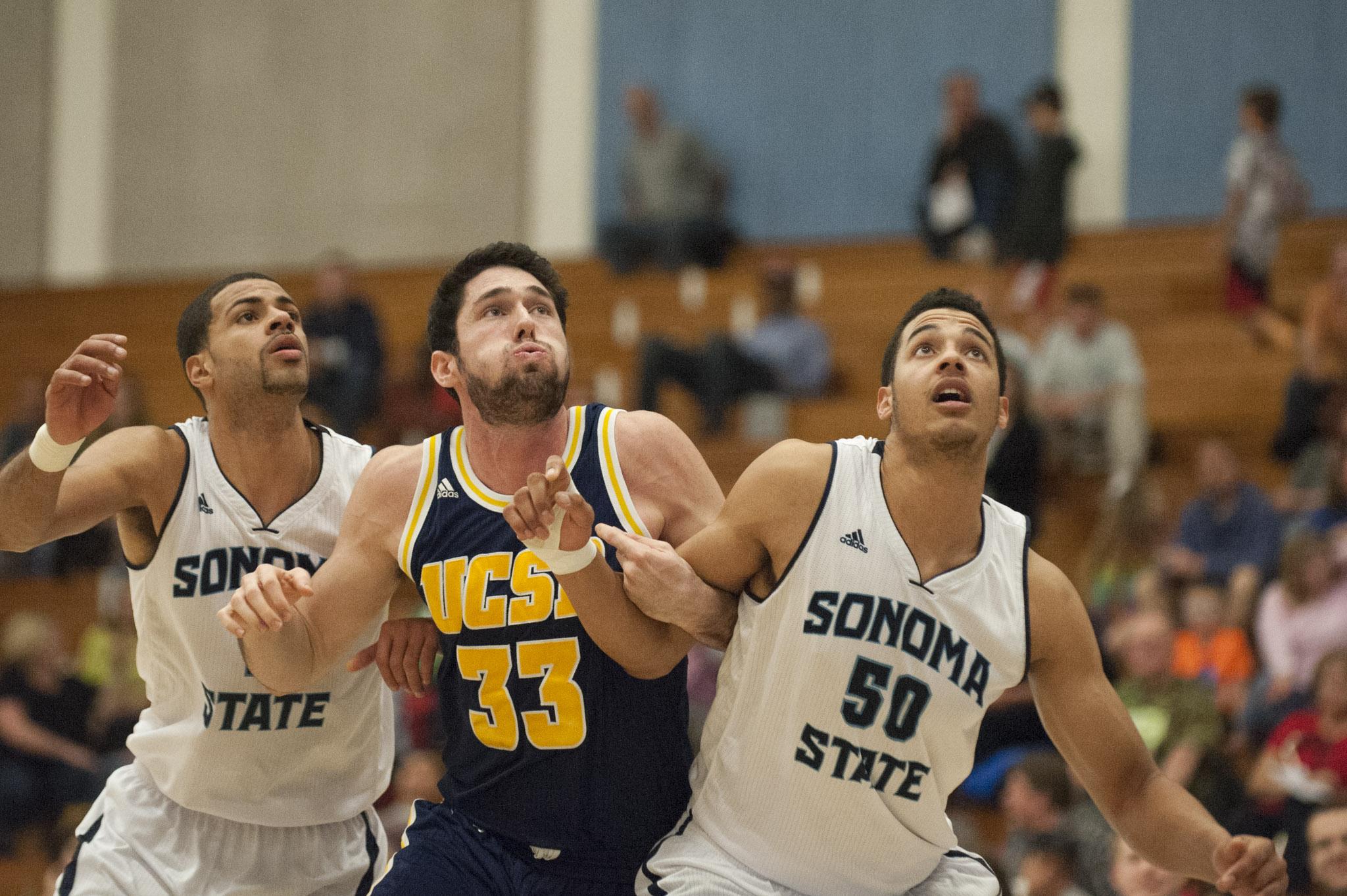 STAR // Connor Gibson   Molony-Benjamin reaches for a loose ball.