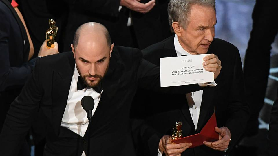 "facebook.com  Jordan Horowitz, producer of ""La La Land,"" holds up the card revealing ""Moonlight"" as Best Picture."