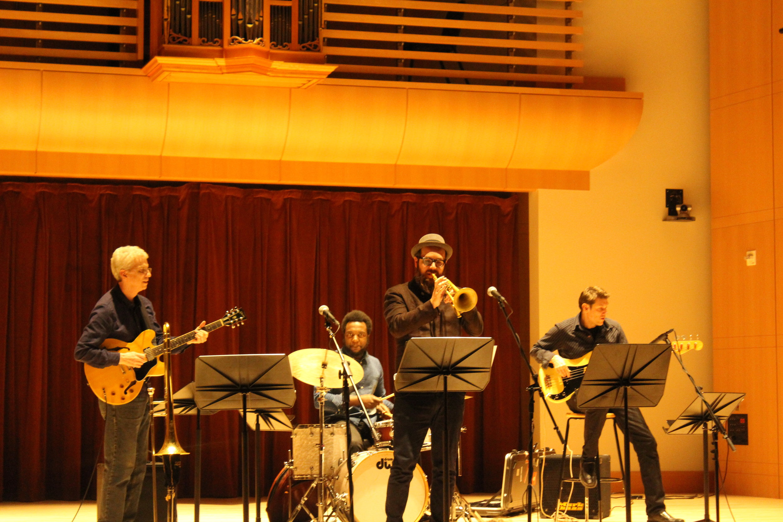 faculty-composers-concert-jade-eriksson_32475440613_o.jpg