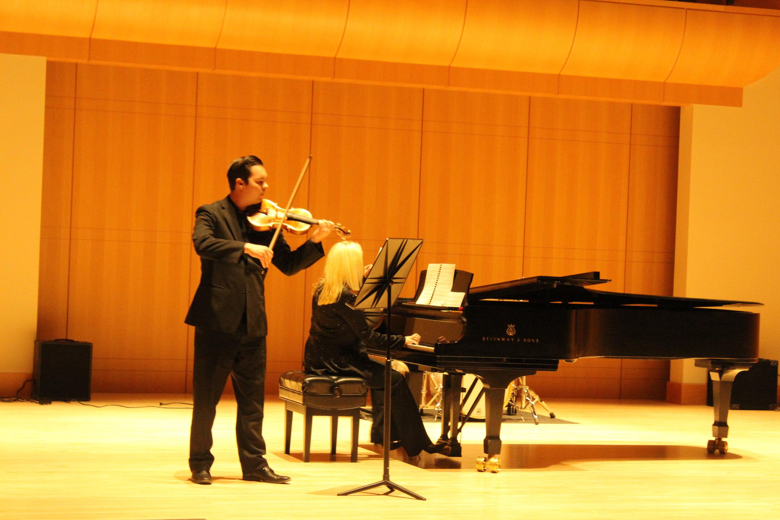 faculty-composers-concert-jade-eriksson_33161765291_o.jpg