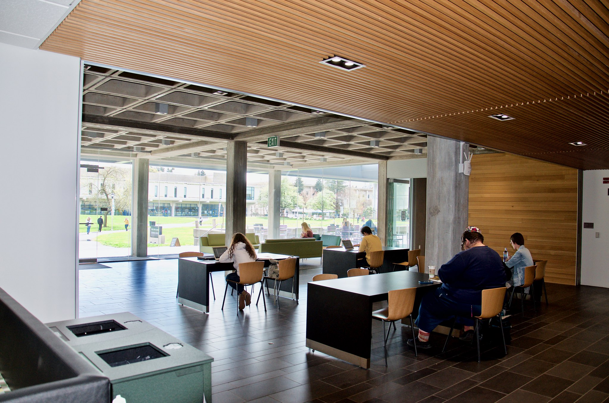 Students gather in the main room of the Learning Center, which also offers food and drinks, to study and socialize.