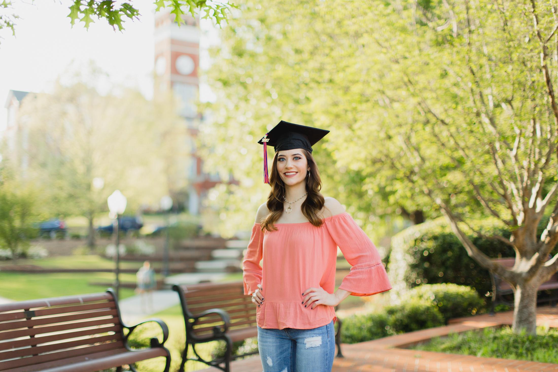 Lindsay Wagner-Clemson University Senior Photos_2017-7688.jpg