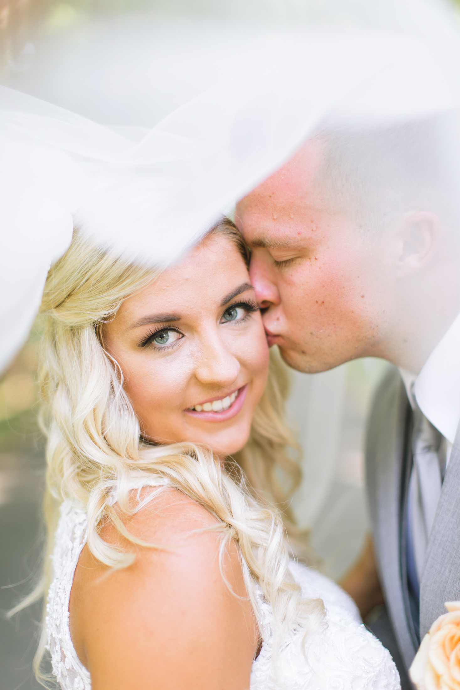 Mercedes+Seth-glassy chapel wedding -1925.jpg