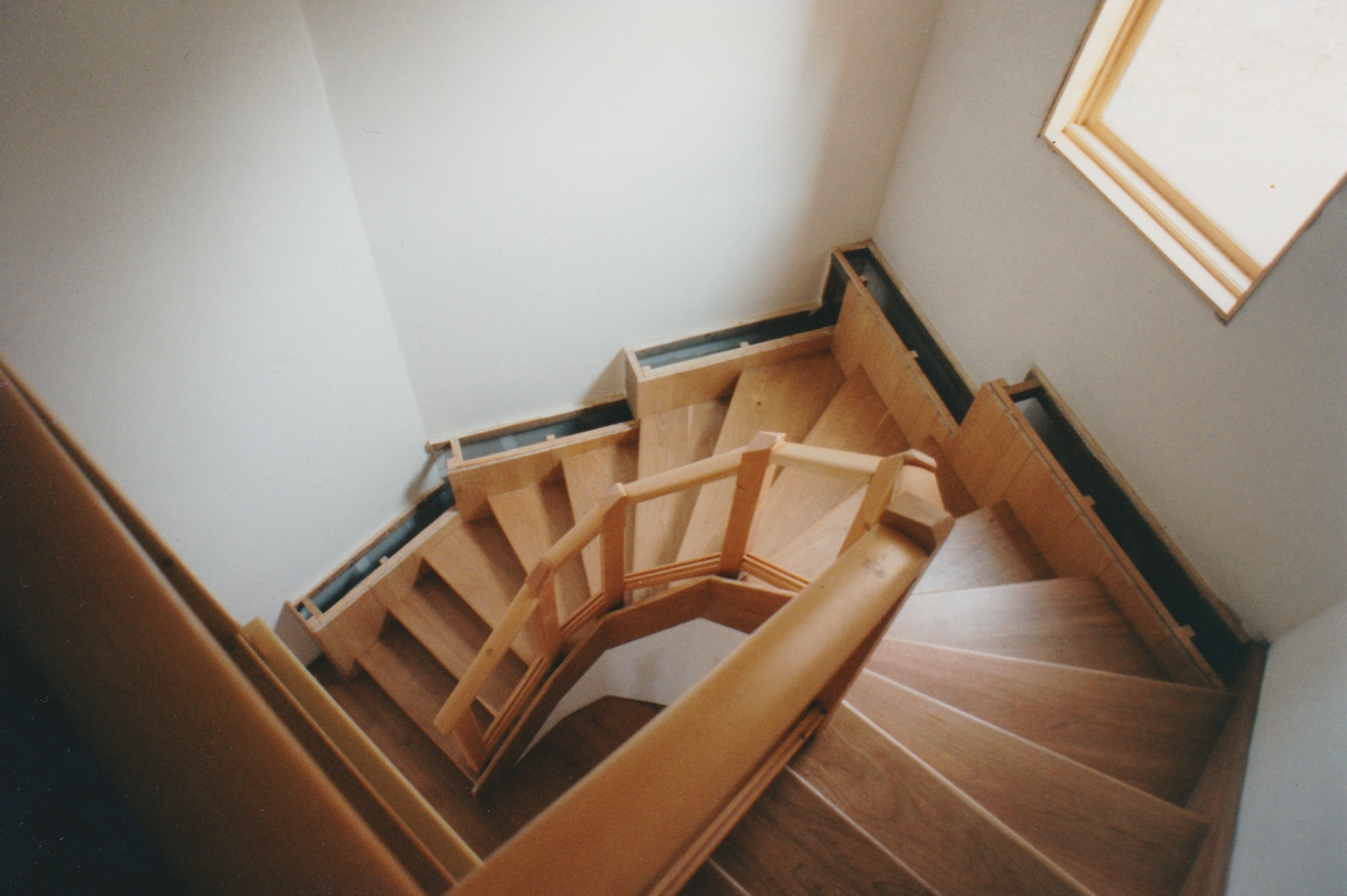 We were able to duplicate the beautiful staircase from our Maryland house. Notice the trim isn't finished!