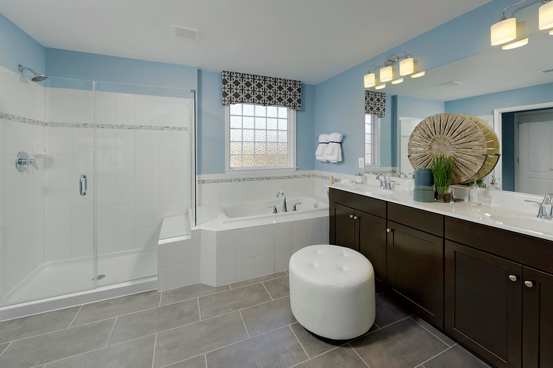 Plan 1 Owner's Bath-L.jpg