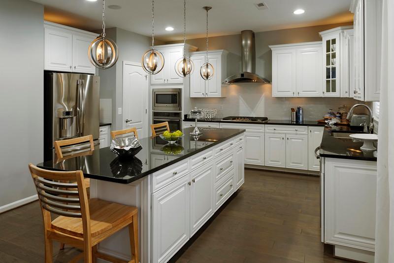 Plan1 Kitchen2-L.jpg