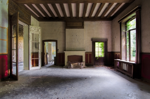 Abandoned: Chateau Rochendaal