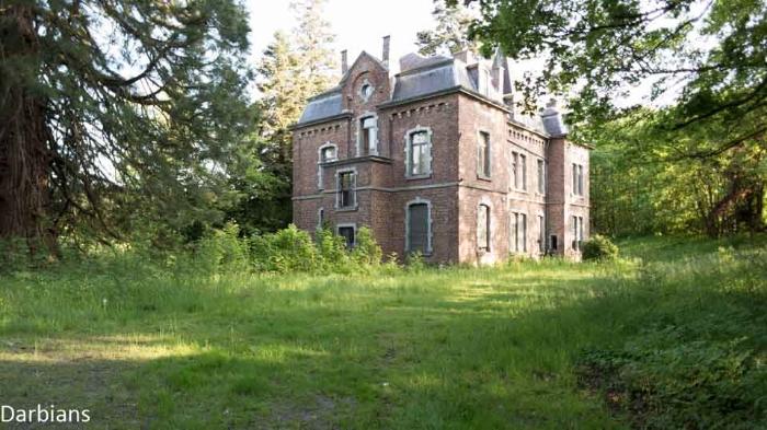 Abandoned: Manoir Von Duchess